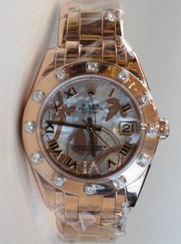 Rolex Pearlmaster 34 watch in 18 ct Everose gold 81315