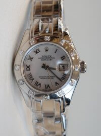Rolex Pearlmaster 29 watch in 18 ct white gold 80319