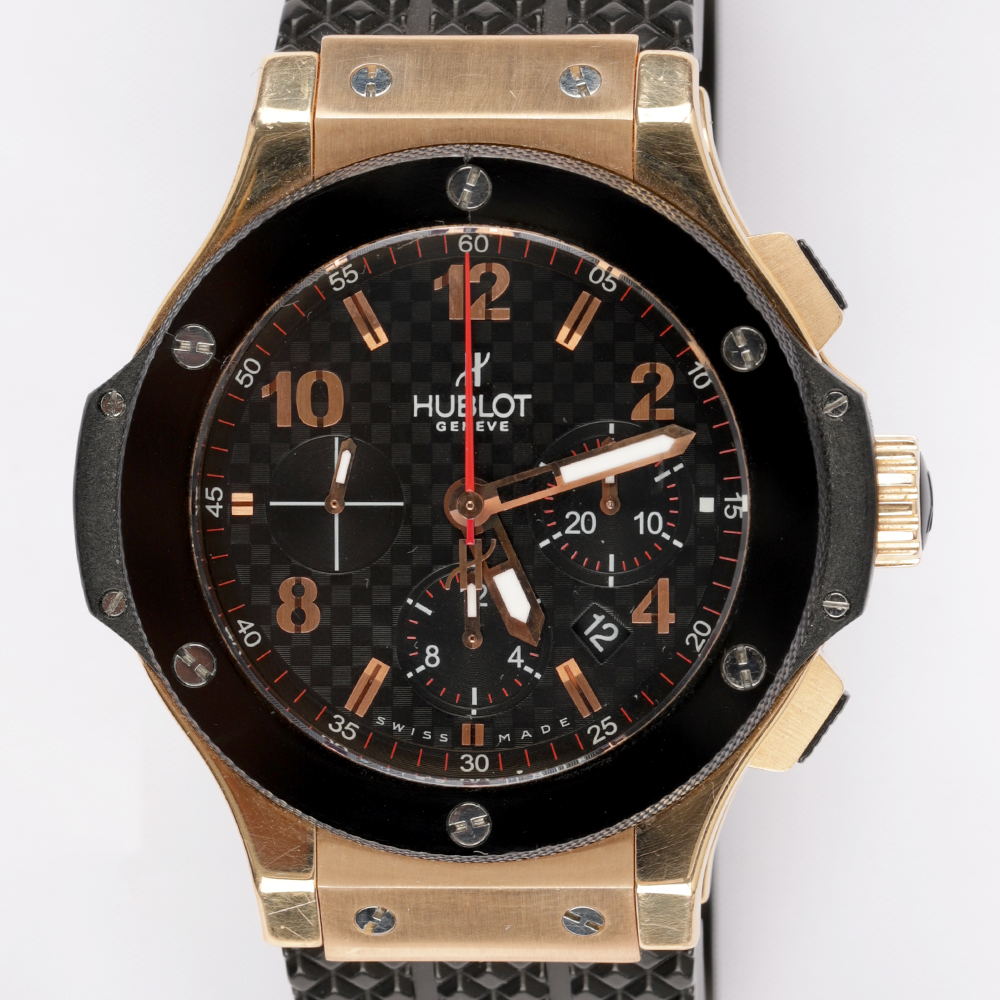 Hublot 301.PB.131.RX	Big Bang 44mm Rose Gold Stamped Carbon Effect Dial