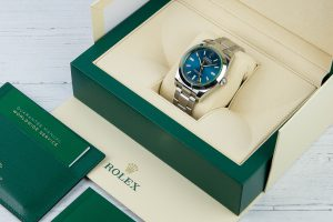 All You Need to Know While Buying a Second Hand Rolex